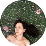 Contemporary realism Circular portrait painting Rebecca Luncan