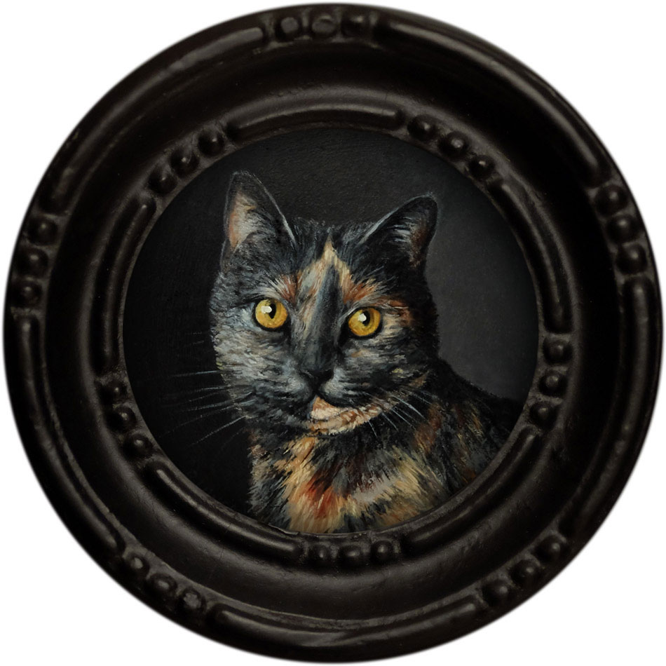 Pet Portrait painting of silver tortoiseshell cat by Rebecca Luncan